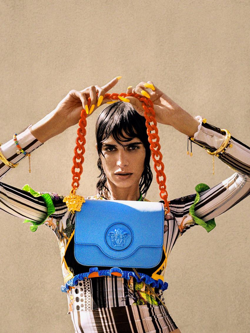Versace mang đến sự huyền ảo với dòng túi xách SS21 La Medusa-4