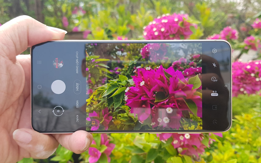 Trên tay Galaxy S21+5G phiên bản màu tím Violet vừa ra mắt tại Việt Nam-8