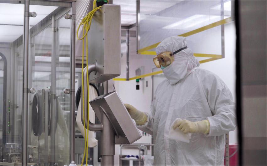 Thử nghiệm pha III xác nhận COVID-19 Vaccine Astrazeneca bảo vệ 100% khỏi bệnh nặng, nhập viện và tử vong - 2