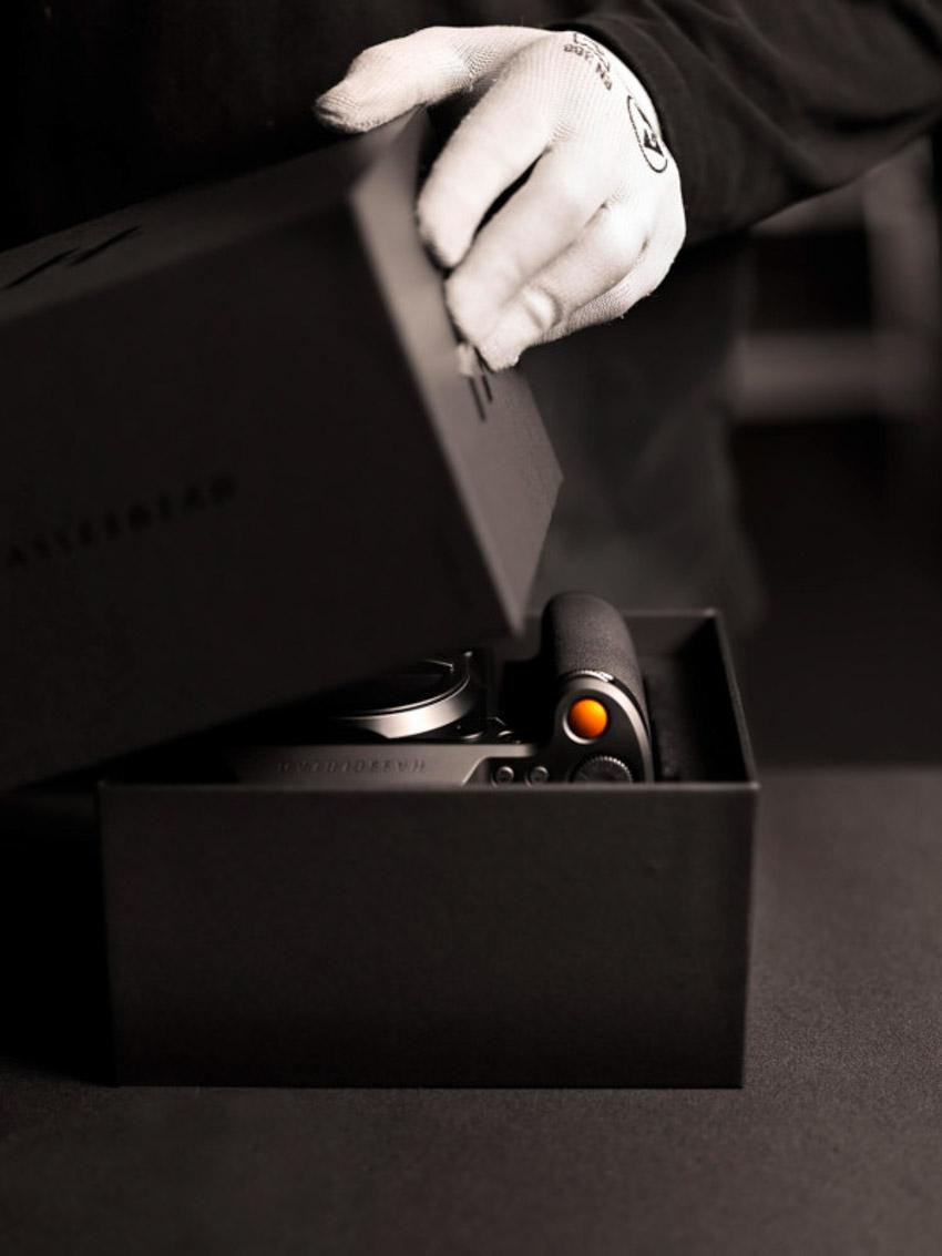 Hasselblad tiết lộ triết lý thiết kế của máy ảnh dòng X-4