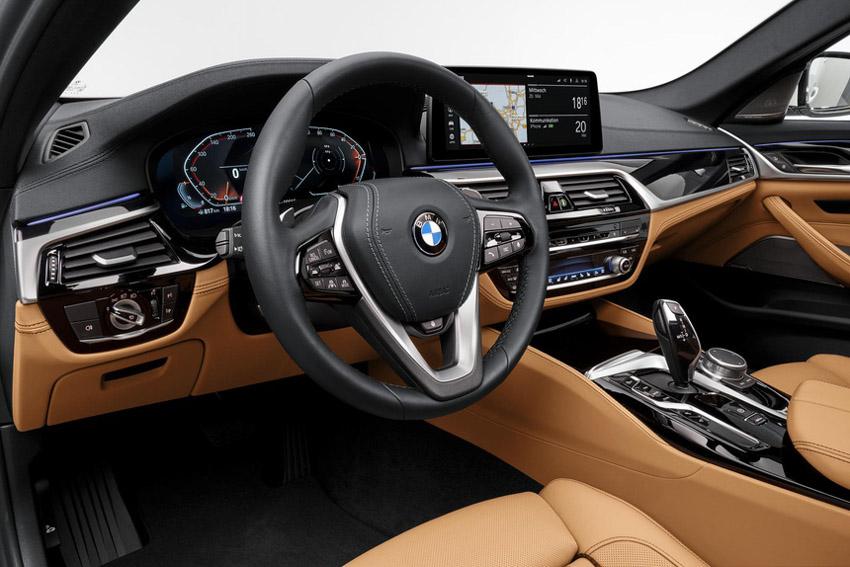 Đánh giá nhanh BMW 5-Series 2021 vừa ra mắt đấu E-Class - 4