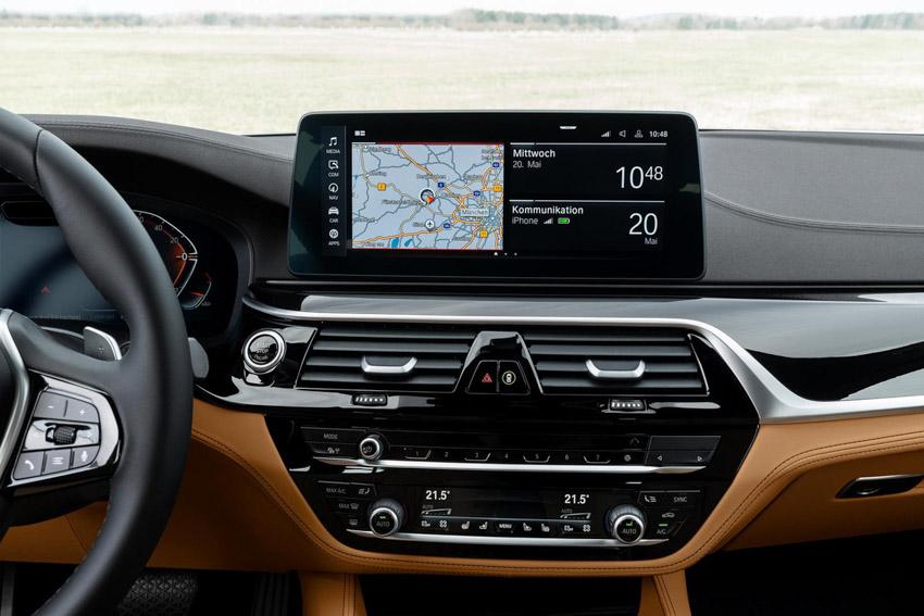 Đánh giá nhanh BMW 5-Series 2021 vừa ra mắt đấu E-Class - 8
