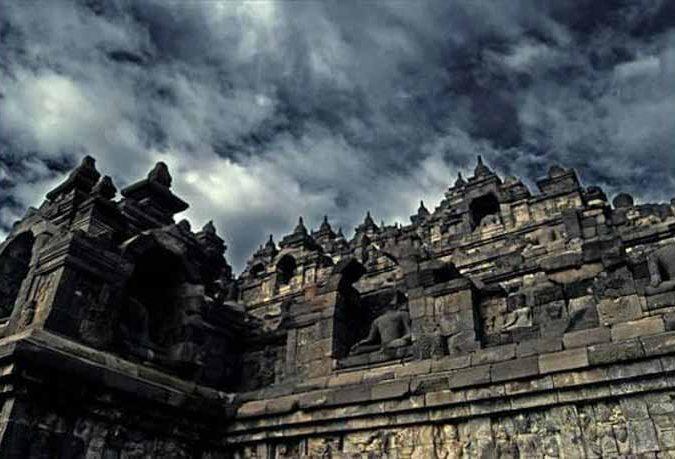 Đến thăm đền thờ núi kỳ vĩ Borobudur - 4