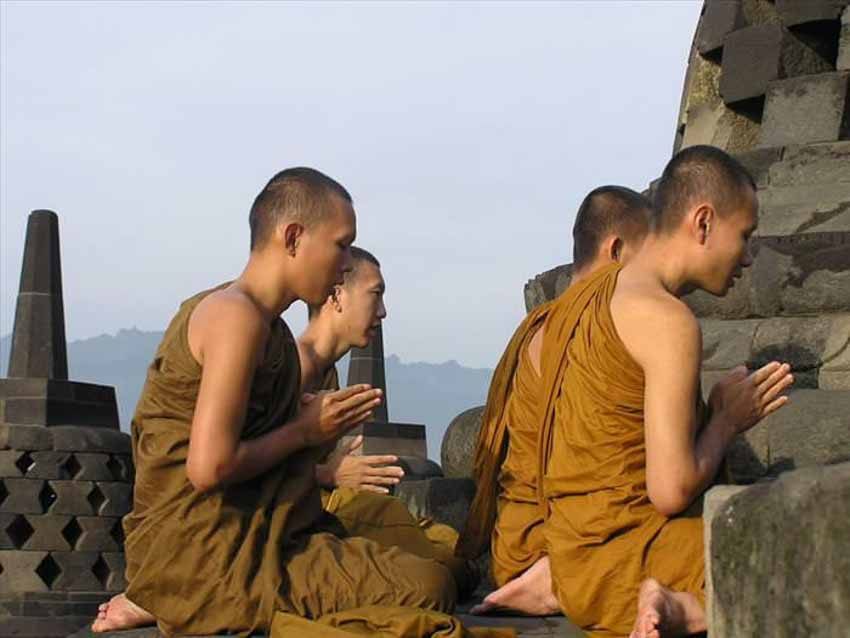 Đến thăm đền thờ núi kỳ vĩ Borobudur - 13
