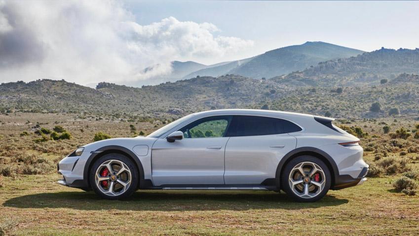 Taycan Cross Turismo - chiếc xe điện thể thao tiếp theo của Porsche - 11