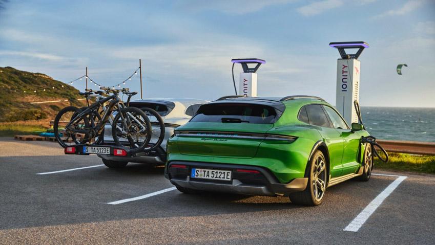 Taycan Cross Turismo - chiếc xe điện thể thao tiếp theo của Porsche-13