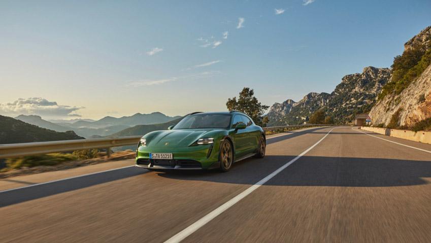 Taycan Cross Turismo - chiếc xe điện thể thao tiếp theo của Porsche - 2