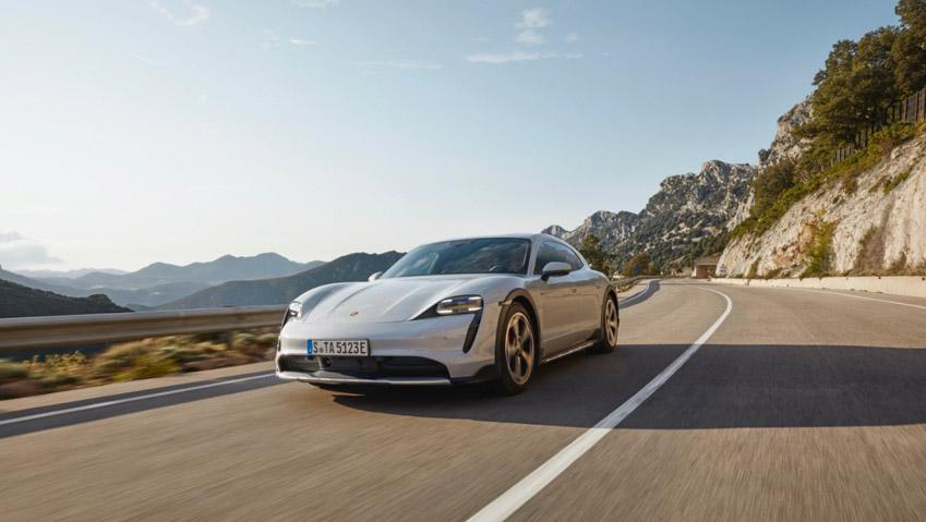 Taycan Cross Turismo - chiếc xe điện thể thao tiếp theo của Porsche - 5