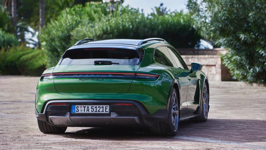 Taycan Cross Turismo - chiếc xe điện thể thao tiếp theo của Porsche - 9