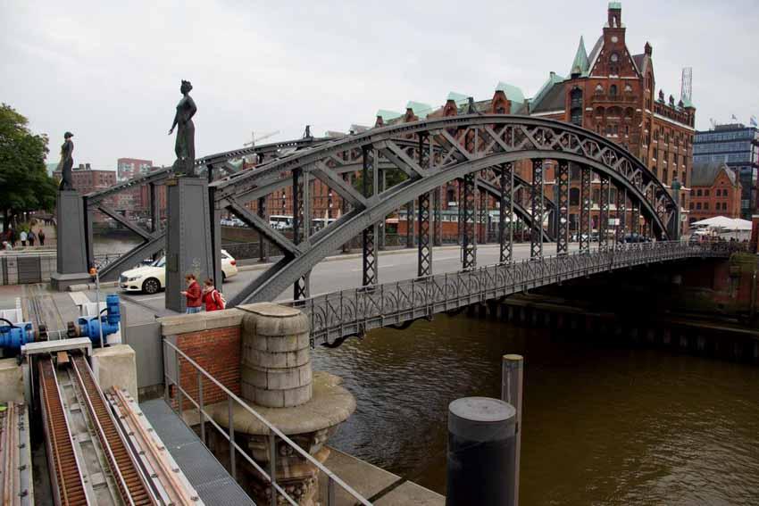 Hamburg, thành phố cầu xinh đẹp - 6