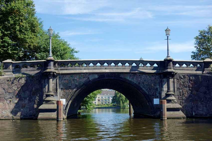 Hamburg, thành phố cầu xinh đẹp - 9
