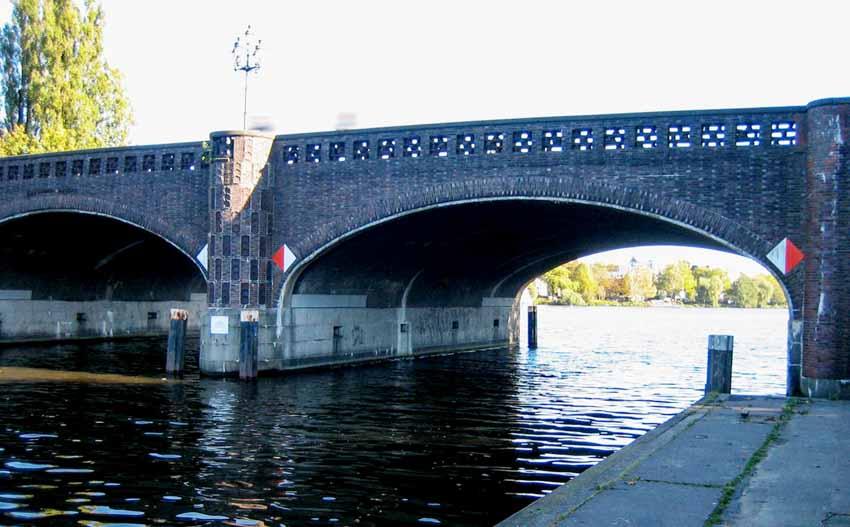 Hamburg, thành phố cầu xinh đẹp - 13