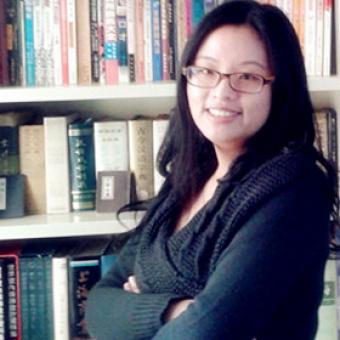 Elaine Jing Zhao, giảng viên cao cấp tại trường nghệ thuật và truyền thông thuộc Đại học New South Wales ở Úc