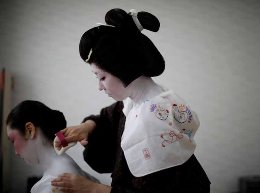 Geisha đấu tranh để sống còn trong bóng tối của coronavirus - 5
