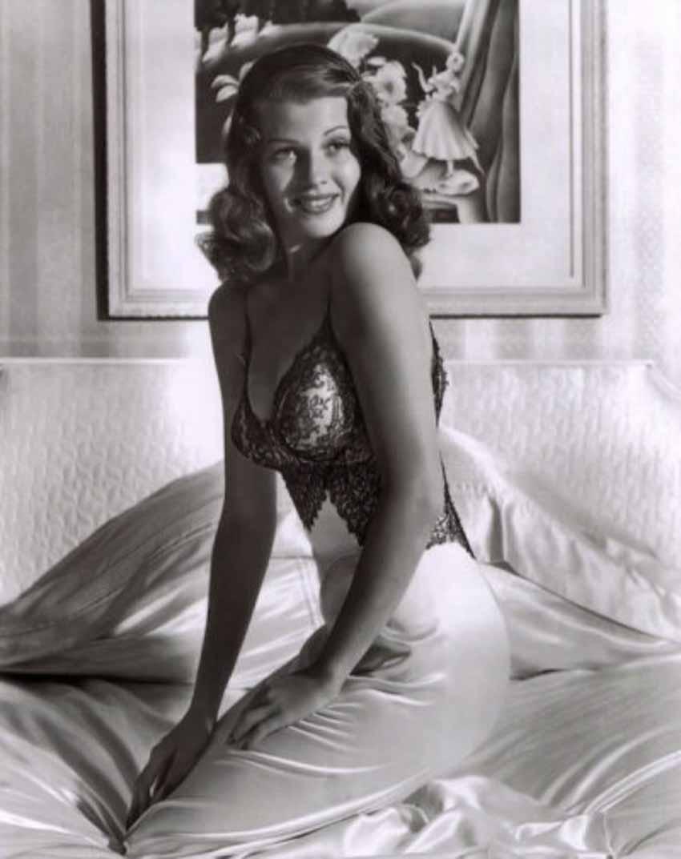 Rita Hayworth, 'nữ thần tình ái' và những cuộc hôn nhân đầy thất vọng - 2