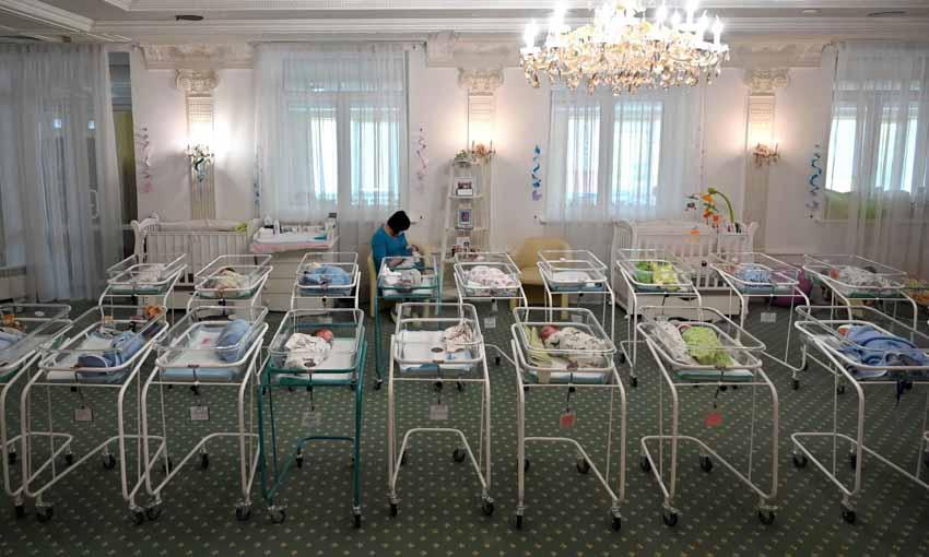Bùng nổ 'dịch vụ mang thai hộ' ở Ukraine - 2