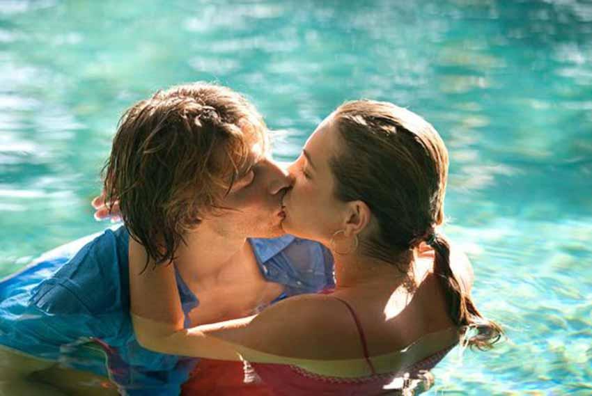 Tìm hưng phấn khi yêu dưới nước - 1