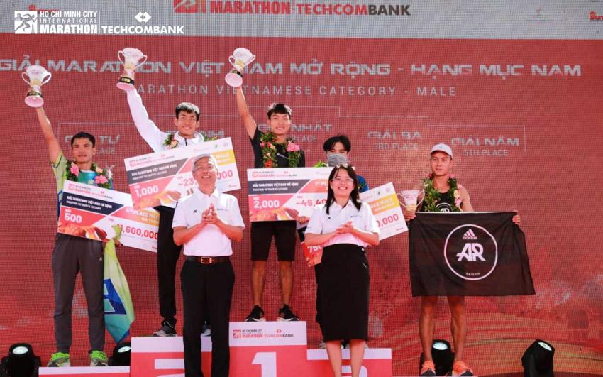 Giải Marathon Quốc tế TP.HCM Techcombank 2021: Tạo nên dòng năng lượng vượt trội - 16