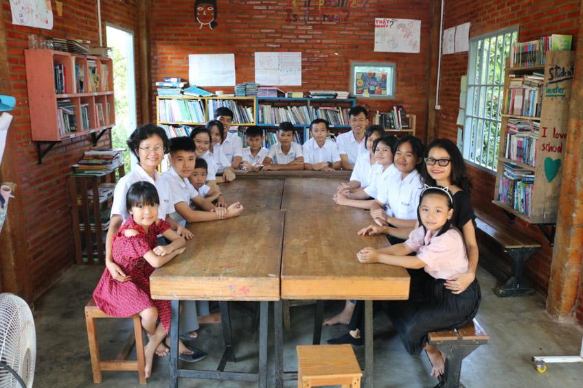 Cô giáo nhỏ với ước mơ thay đổi đời sống nông thôn - 3