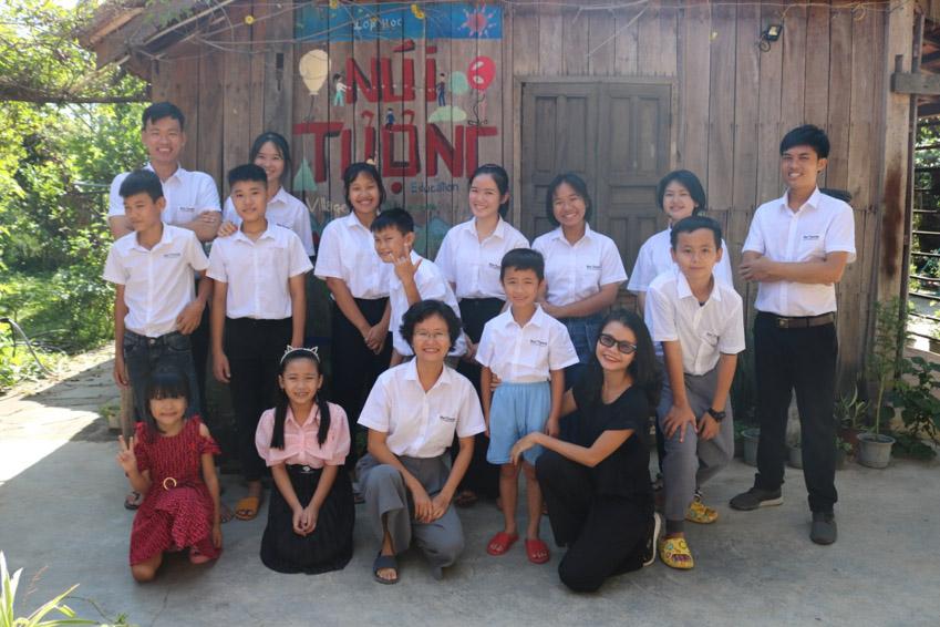Cô giáo nhỏ với ước mơ thay đổi đời sống nông thôn - 4