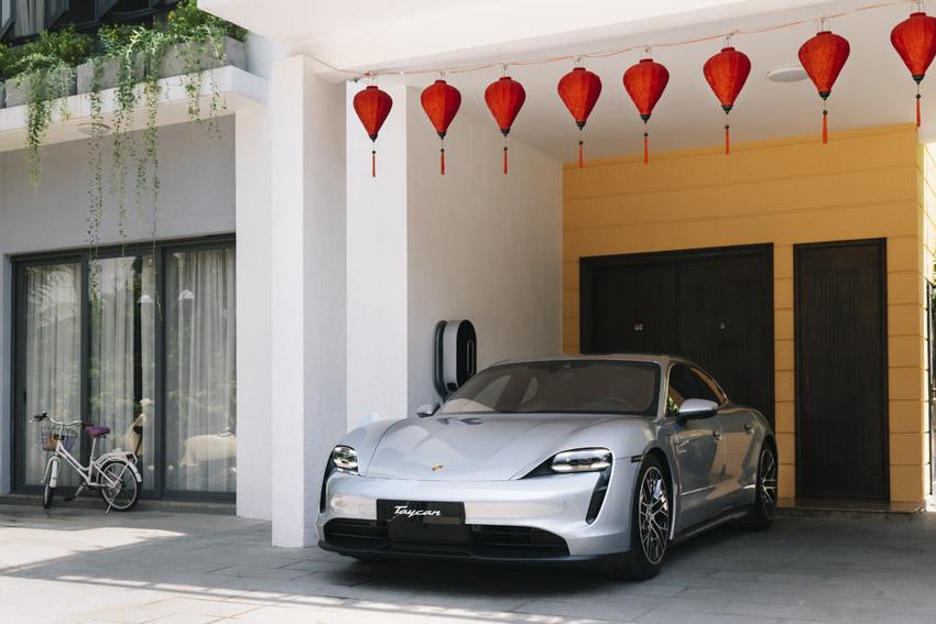 Những chiếc Porsche Taycan đầu tiên dòng xe thuần điện được giao đến khách hàng - 5