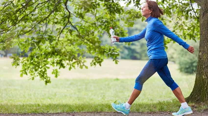 Nhận biết sức khỏe qua tốc độ đi bộ - 1