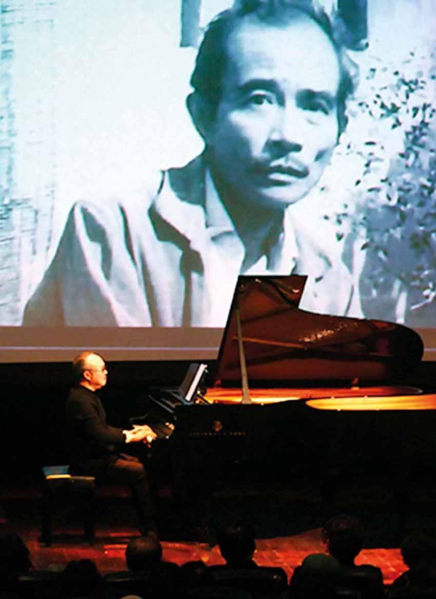 Cha và con và dương cầm... - 1
