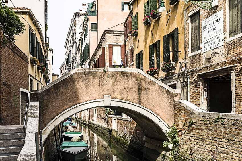 Venice, thành phố kênh, cầu - 17