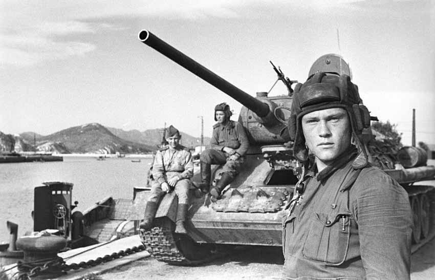 Câu chuyện kỳ thú về chiếc xe tăng T-34 của Liên Xô - 7