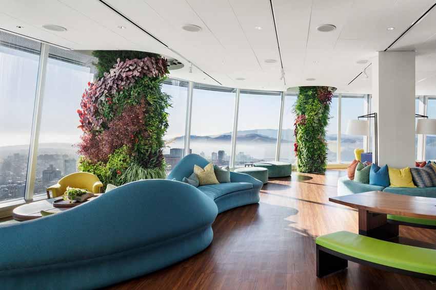 Khu vườn xanh quyến rũ trên những chiếc cột của tòa nhà văn phòng - 1