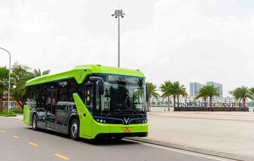 Vinbus chính thức vận hành xe buýt điện thông minh đầu tiên tại Việt Nam-5