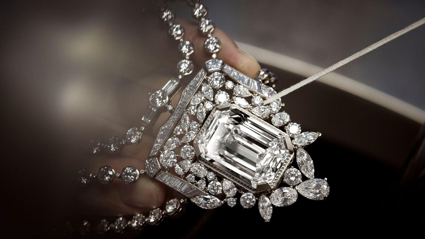 Chanel 55.55 - Sợi dây chuyền kỷ niệm 100 năm biểu tượng - 1