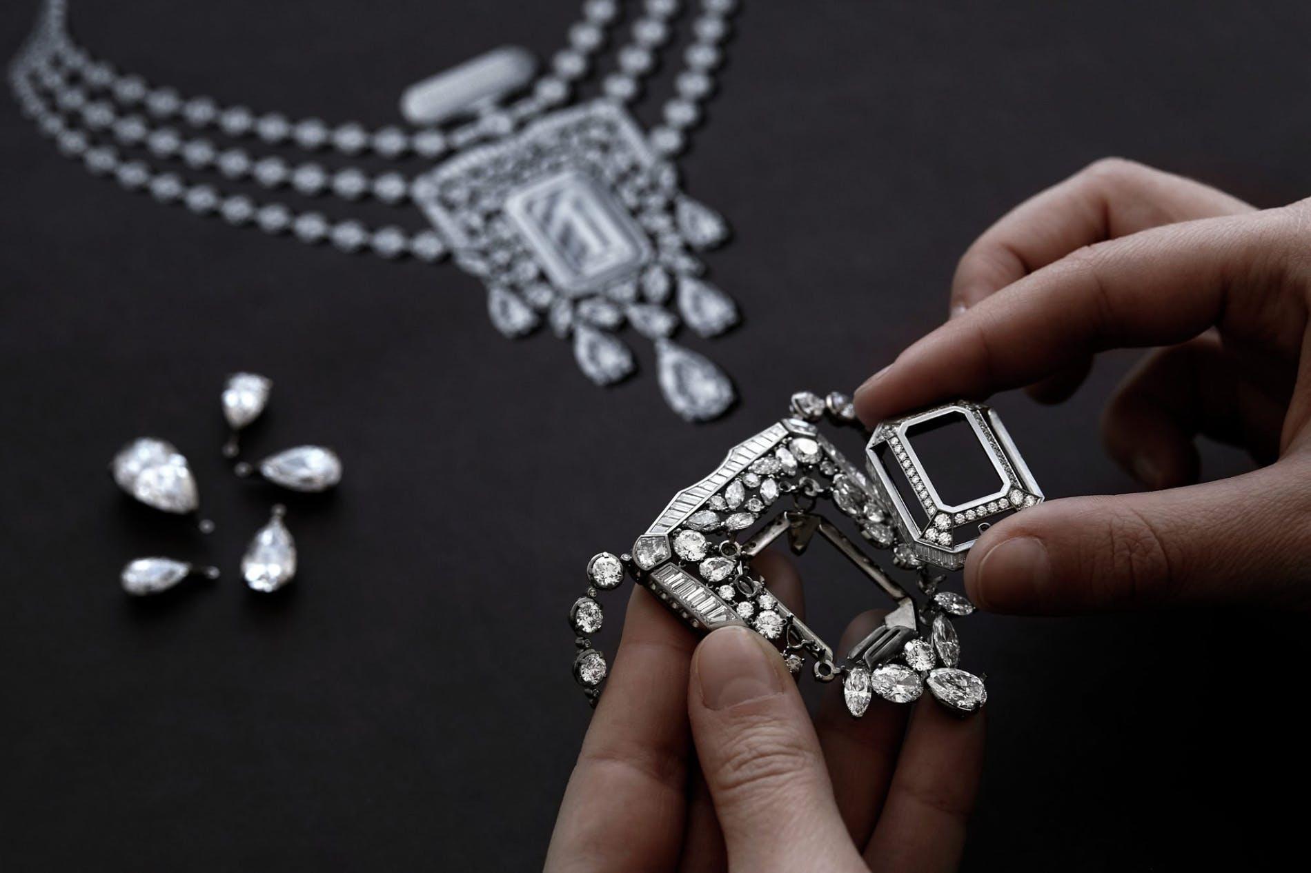Chanel 55.55 - Sợi dây chuyền kỷ niệm 100 năm biểu tượng-8