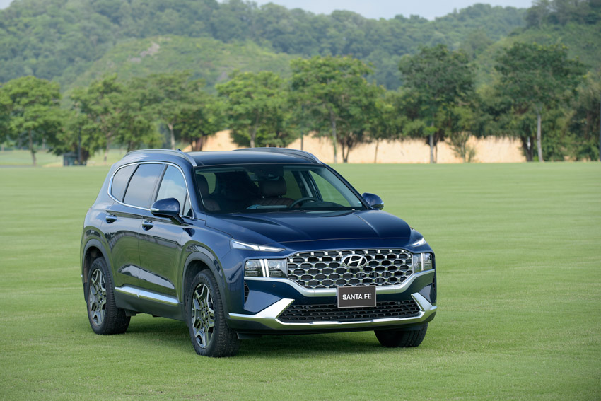 Hyundai Santa Fe 2021 chính thức ra mắt tại Việt Nam với giá bán từ 1.030 triệu đồng - 9