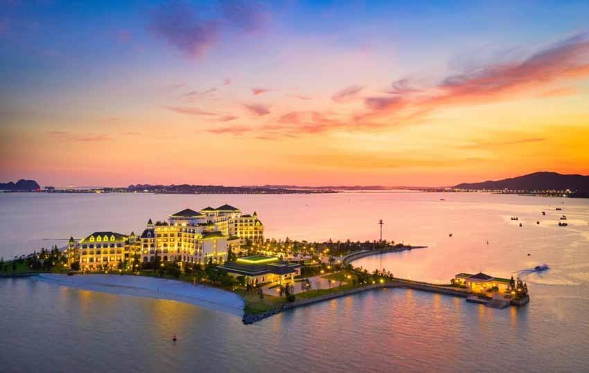 10 khách sạn tốt nhất Việt Nam năm 2021 - 9