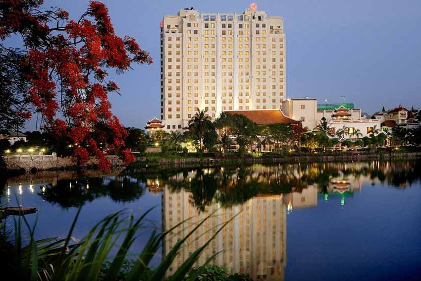 10 khách sạn tốt nhất Việt Nam năm 2021 - 10