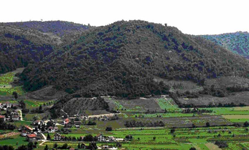 Các kim tự tháp tại Bosnia - 1