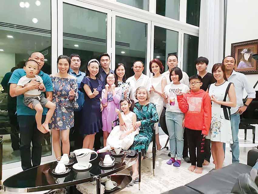 Đi qua thời cuộc: Doanh nhân Nguyễn Thị Sơn: Vực sâu và đỉnh cao - 2