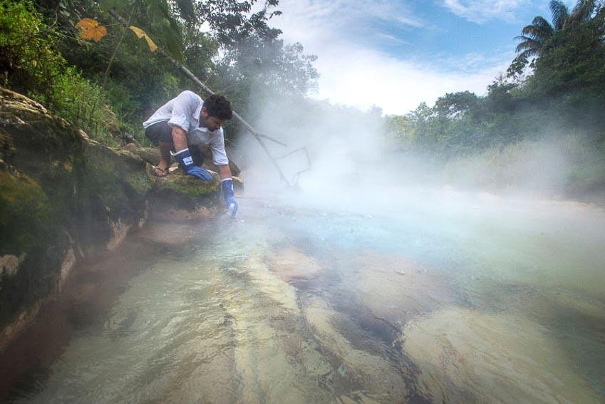 Dòng sông nước sôi 97oC trong rừng mưa Amazon - 6