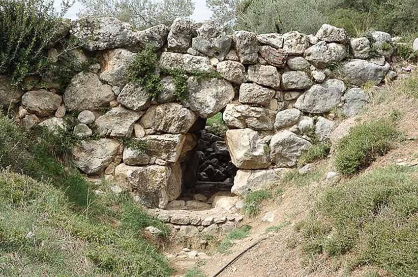 Những cây cầu xưa nhất thế giới - 4