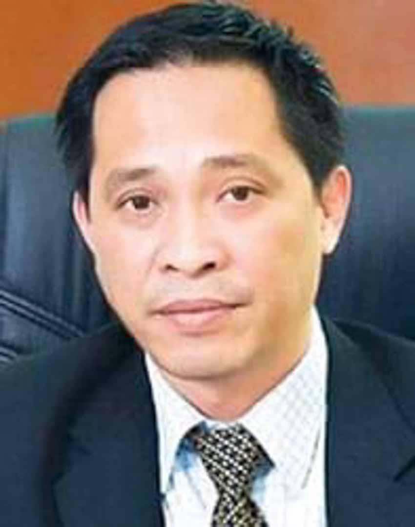 Diễn viên Lý Hùng: 'Nền tảng gia đình giúp tôi tránh xa mọi scandal' - 4