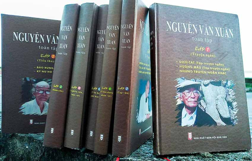 Kỷ niệm 100 năm ngày sinh học giả Nguyễn Văn Xuân: Một cây văn trăm xuân - 1