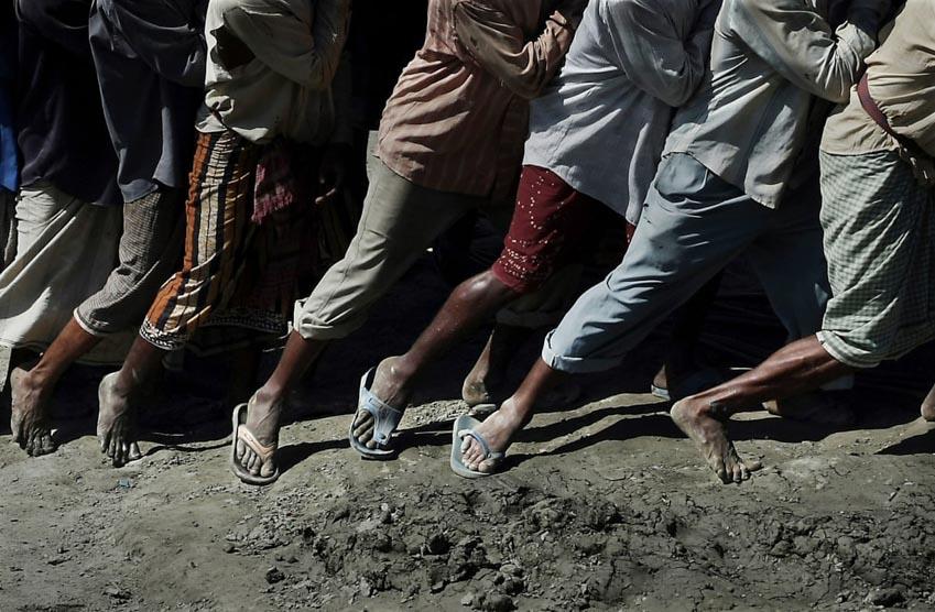 'Địa ngục kiếm cơm' trong 'nghĩa địa tàu thuyền Chittagong' - 3