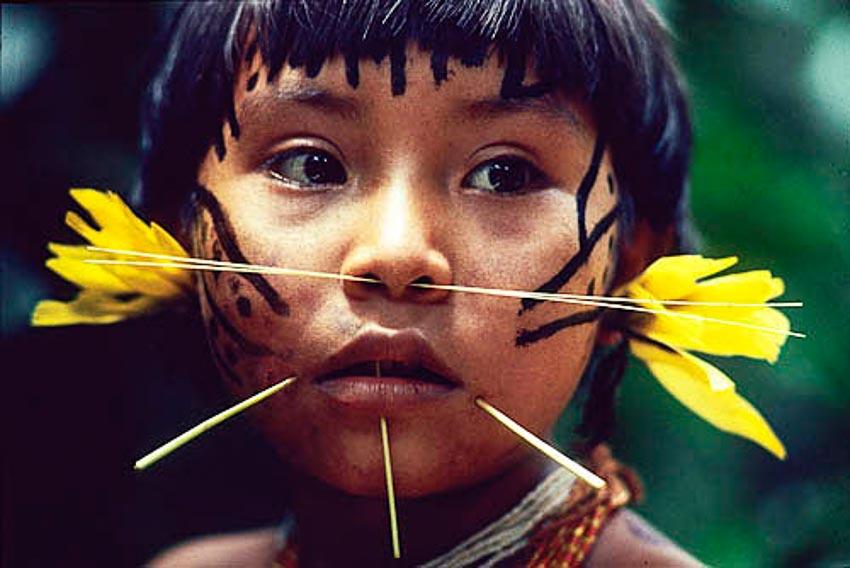 Những bộ tộc vẫn giữ nếp sống từ thời nguyên thủy - 7