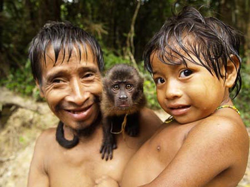 Những bộ tộc vẫn giữ nếp sống từ thời nguyên thủy - 10