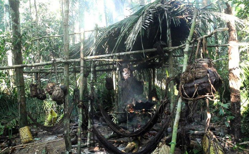 Những bộ tộc vẫn giữ nếp sống từ thời nguyên thủy - 16
