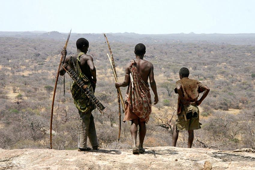 Những bộ tộc vẫn giữ nếp sống từ thời nguyên thủy - 17