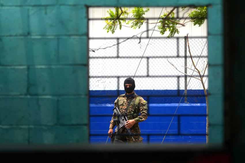 Cảnh sát bạo lực El Salvador - 3