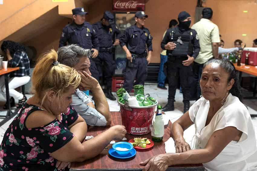 Cảnh sát bạo lực El Salvador - 6