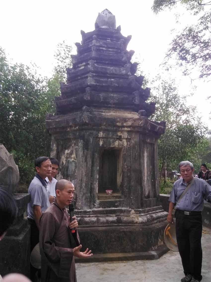 Những giai thoại ở chùa Thập Tháp Di Đà - 10